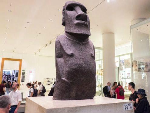 复活节岛民呼吁从大英博物馆归还雕像