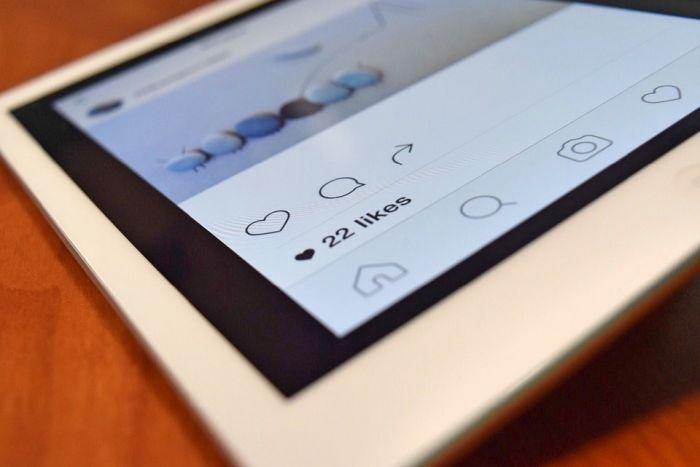 社交平台为减缓用户压力,不再公开显示点赞人数