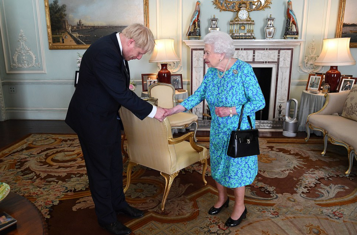 英国约翰逊首相上线!他酝酿的新政对中国投资者影响大?