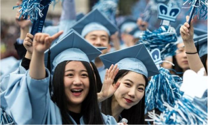 留学生回国找工作变难?他们说,没想到自己竟会经历这些