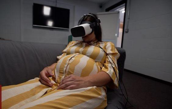 VR技术或将缓解女性分娩痛苦?威尔士:我们试试看