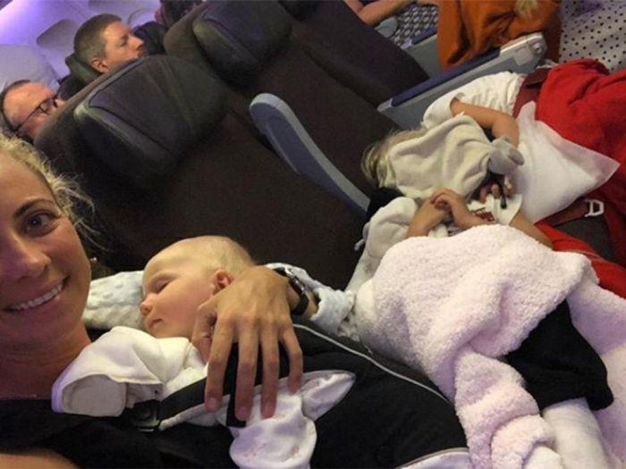 老爸开航空公司,女儿带三娃挤经济舱!这些白富美为何低调不炫富?