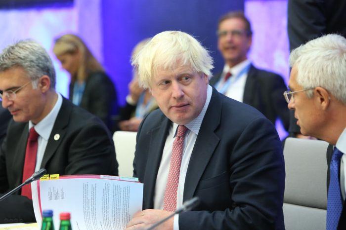 """英五名阁僚或因""""无协议脱欧""""请辞 质疑首相策略"""