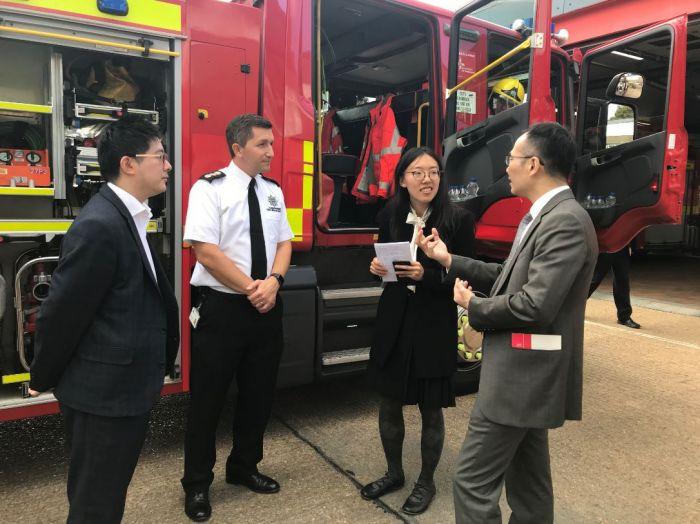 上海民防办公室访问剑桥郡消防及救援总部