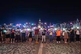 """""""港漂""""们还会留在香港吗?"""