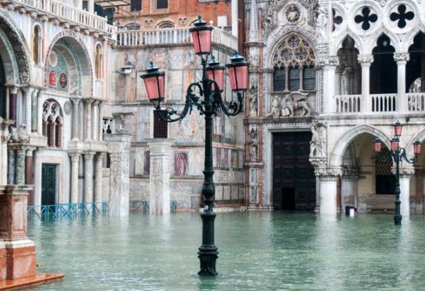 威尼斯水灾严重!意大利宣布紧急预警