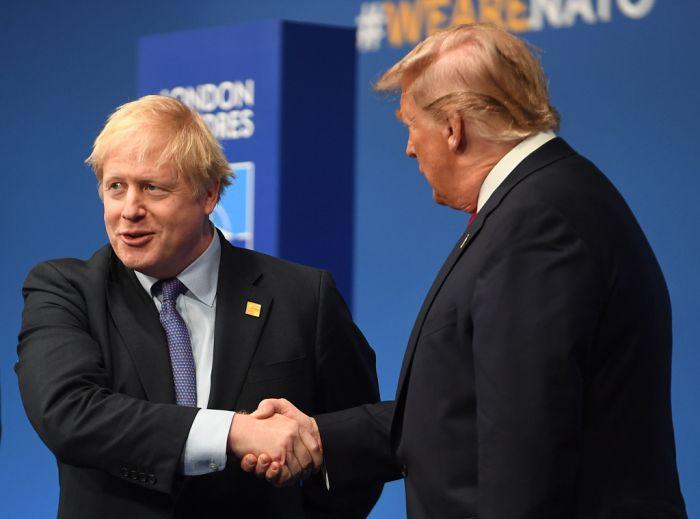 """不惧美国""""威胁"""",英国坚持征收数字税"""