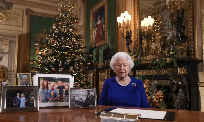 英女王圣诞演讲谈王室风波?年度最美英音到底说了什么