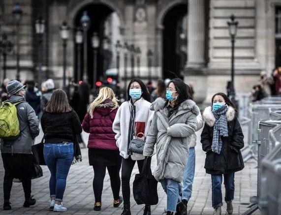 中国驻法大使馆:个别中国留法学生戴口罩被罚150欧元,应系假警察所为