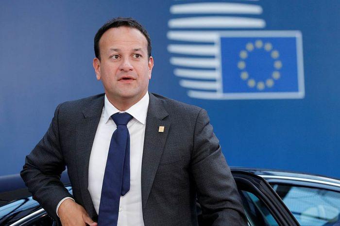 爱尔兰总理重新注册医生资格 将通过电话为病患问诊