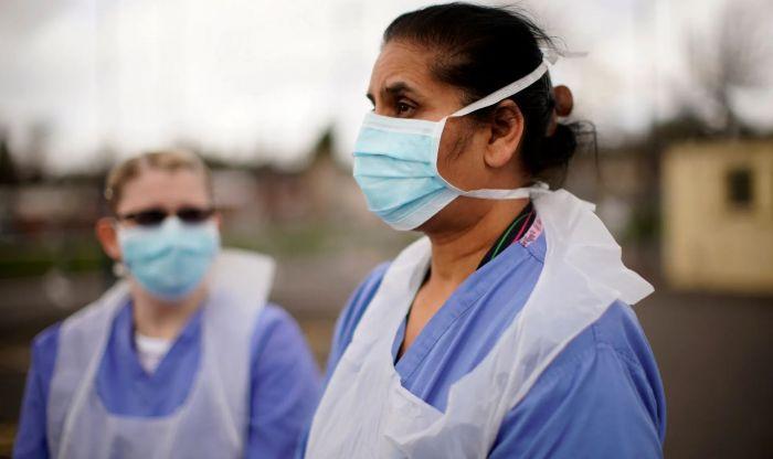 英国华裔护士感染新冠去世!NHS需要掌声,更需防护物资 