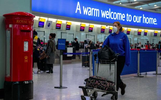 英国财相撒钱停不下来,拟向房主发数千镑!机场或对入境旅客做新冠检测