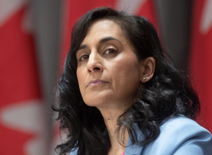 终止与中企合作后,加拿大又称:不排除仍会购买中国疫苗