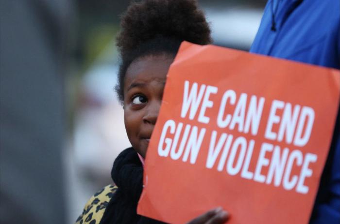 枪支暴力频发!美国这地上周末10人死亡43人受伤