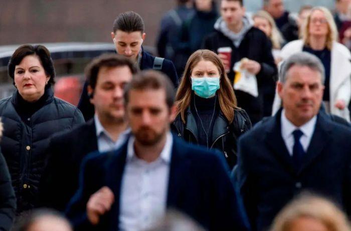 英科学家疾呼:10月中旬恐日增5万!须立即采取更严防疫措施
