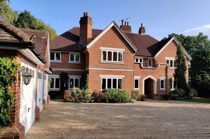 英国富豪纷纷卖掉城中豪宅,乡下买房!疫情催生新一批房产热点区?