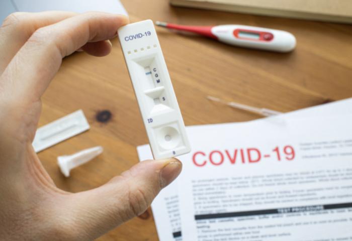 """英国科学家:新研究证明""""群体免疫""""行不通!疫苗可提供更长效保护"""