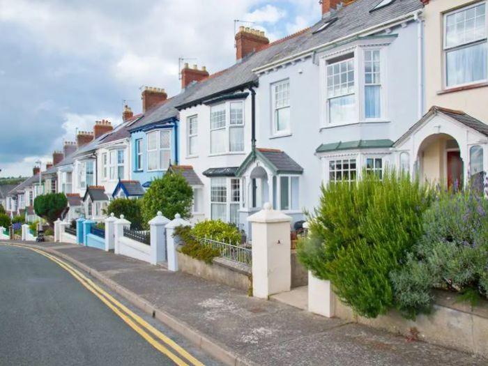 投资英国住宅房产, 应该以个人还是公司名义购买?