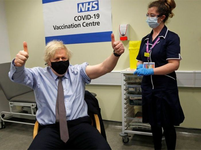刚刚,英首相接种牛津疫苗,消除民众疑虑!欧洲多国陷第三波疫情,英国能避开?