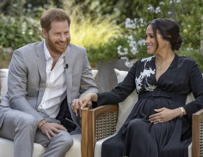 哈里夫妇采访播出后,英女王收到大批支持者来信安慰