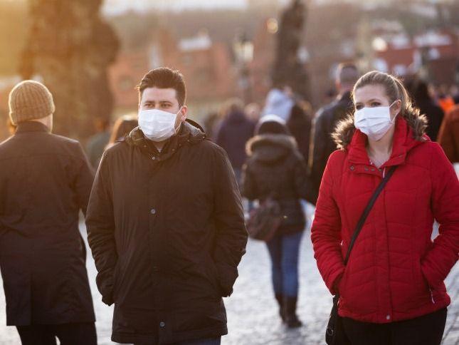 疫情下的世界|英国下周实现群体免疫?白金汉宫花园今夏开放
