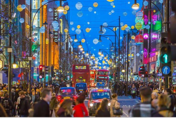 """英国重启经济,砸1.5亿镑""""拯救""""伦敦牛津街!能否再现辉煌?"""