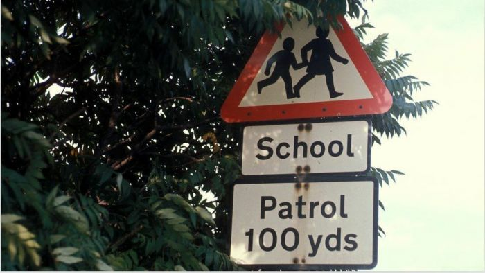 伦敦频现陌生人尾随儿童事件,警方已介入!疫情下,家长如何提高安全意识?