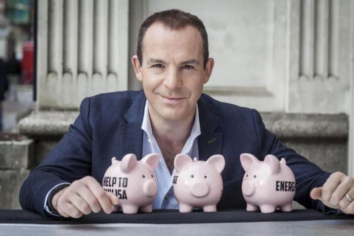 """英国这位""""省钱达人""""身价超1亿镑!别人在愁物价上涨,他却找到商机"""