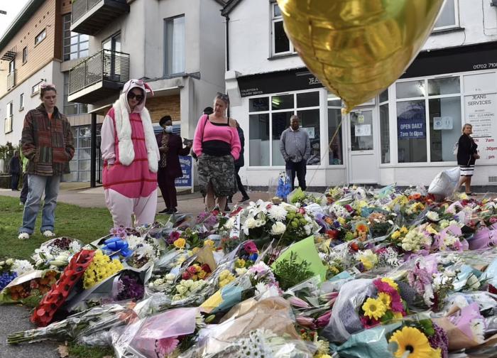 """在英国当议员,为何成了""""危险职业""""?20年三名议员遇刺绝非偶然"""