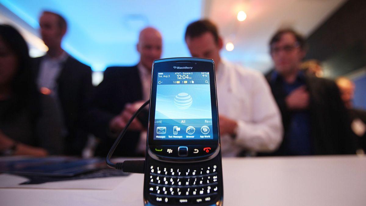 https___cdn.cnn.com_cnnnext_dam_assets_200203121319-02-blackberry-smartphone-file.jpg